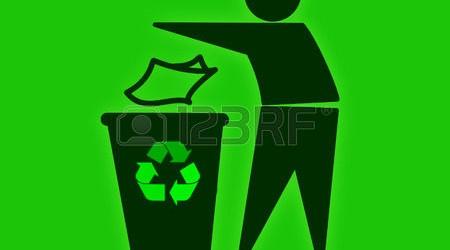 gettare-rifiuti-nel-riciclaggio-bin