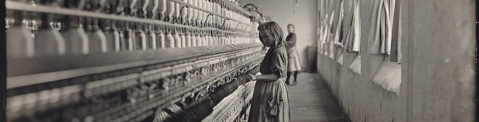 One of many youngsters working in Carolina cotton mills, 1908.